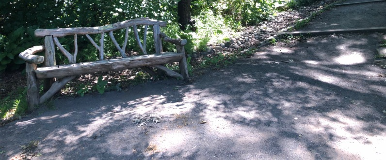 Snug Harbor, Staten Island park bench